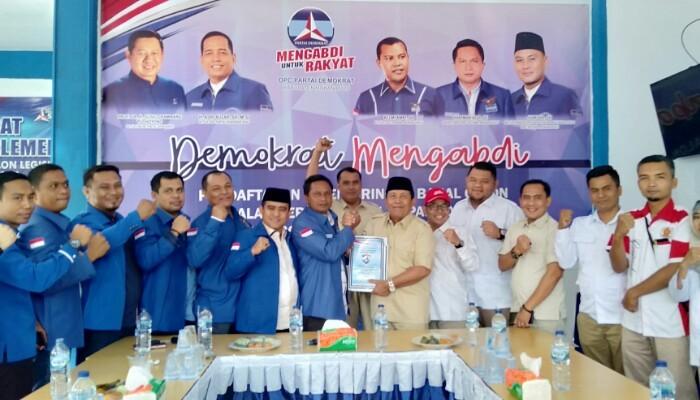 Sukiman Kembalikan Formulir Pendaftaran Balon Bupati Rohul ke DPC Partai Demokrat
