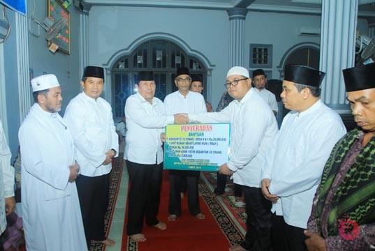 Safari Ramadhan di Kabun, Bupati Salurkan Rp75 Juta Zakat, Infak dan Sedekah