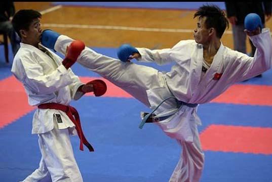 Siapkan Kejurprov, Kapolres Buka Kejuaraan Karateka Piala kapolres Rohul