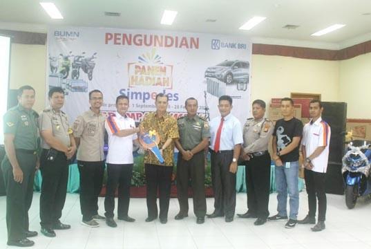 Nasabah Unit BRI Tanjung Medan Rohul Dapat Honda B-RV