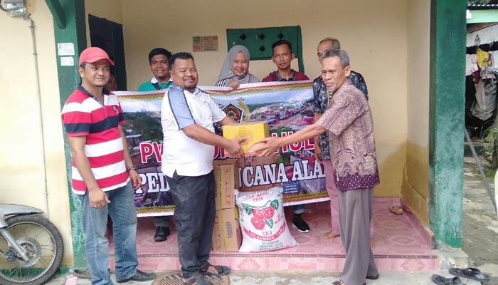 PWI Rohul Salurkan Bantuan Untuk Korban Banjir