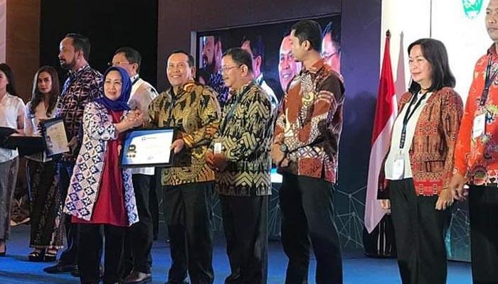 Rohul Terima Penghargaan Lagi, Predikat Kepatuhan Tinggi atas Standar Pelayanan Publik 2019
