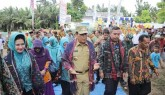 Pencanangan Bhakti Sosial PKK KKBPK Kesehatan di Desa Sialang Jaya, Bupati : Momentum Tingkatkan Kua