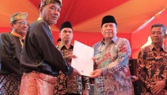 Kunker ke Desa Kasang Padang, Bupati Sukiman Upayakan Bangun Gedung SMP