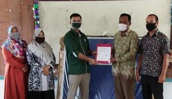 Peduli Kesehatan Masyarakat di New Normal, PT EDI Bantu Alat Olahraga